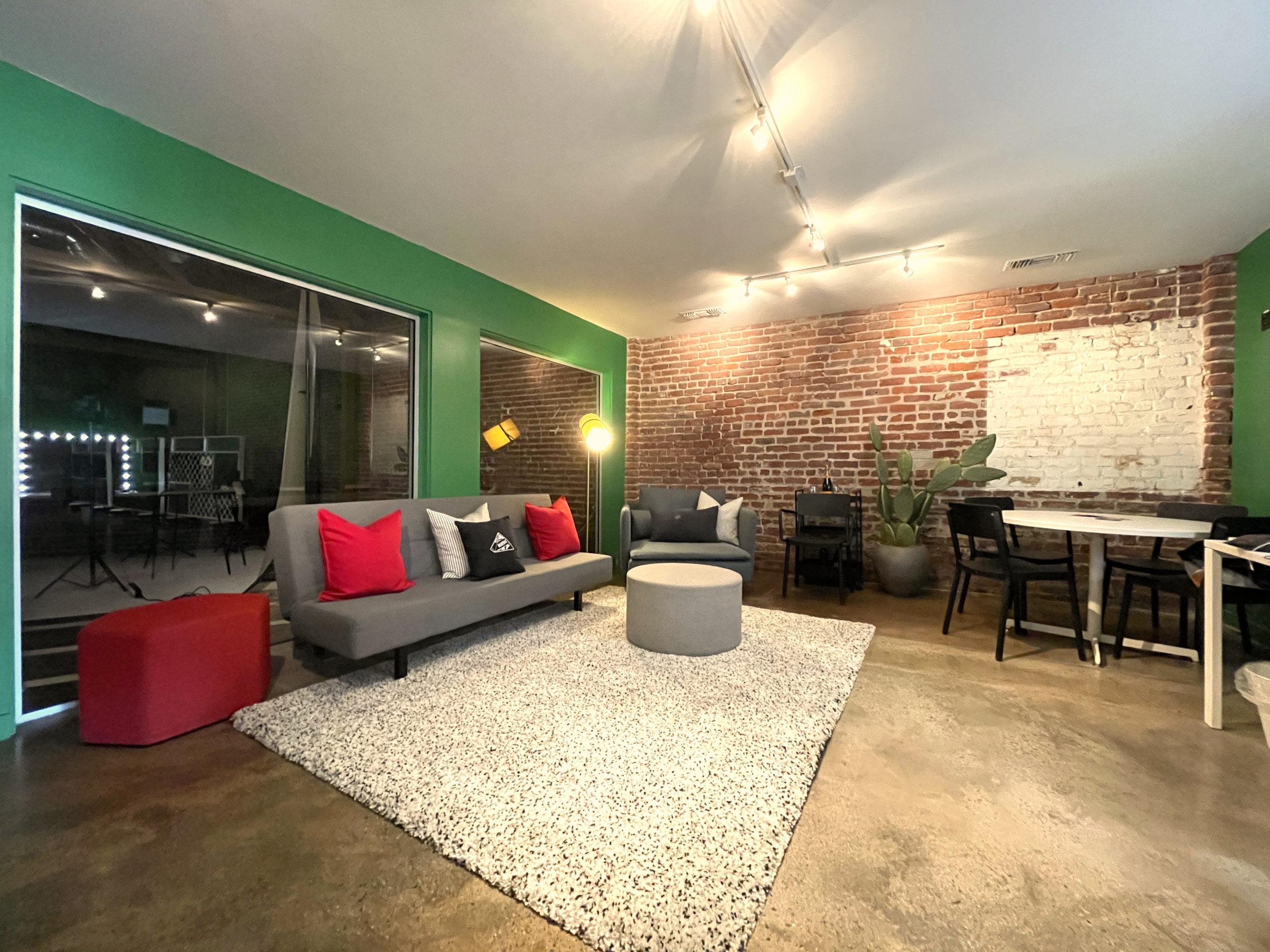 MGS-Green-Room-Lounge-Makeup-Dressing-Room