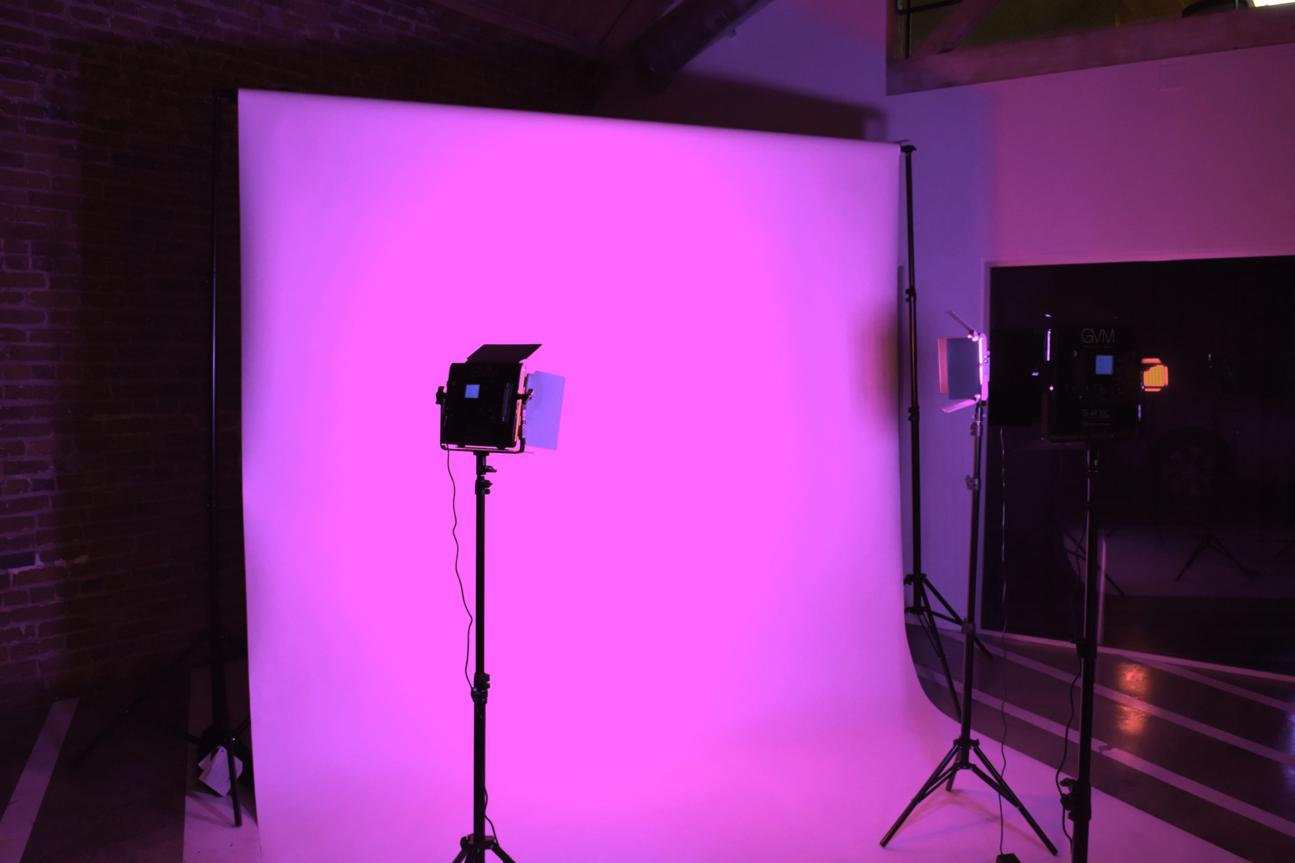 MGS Photoshoots White Seamless Backdrop with Pink Lights